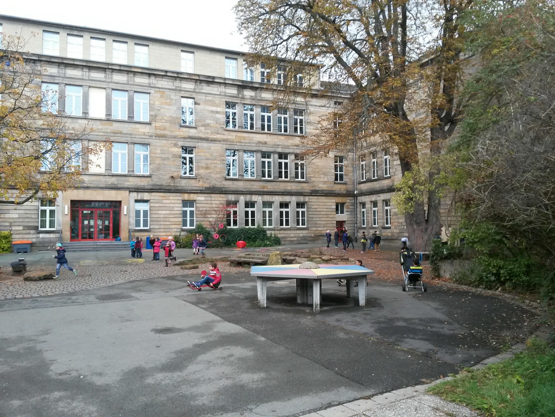 Schulhausalt